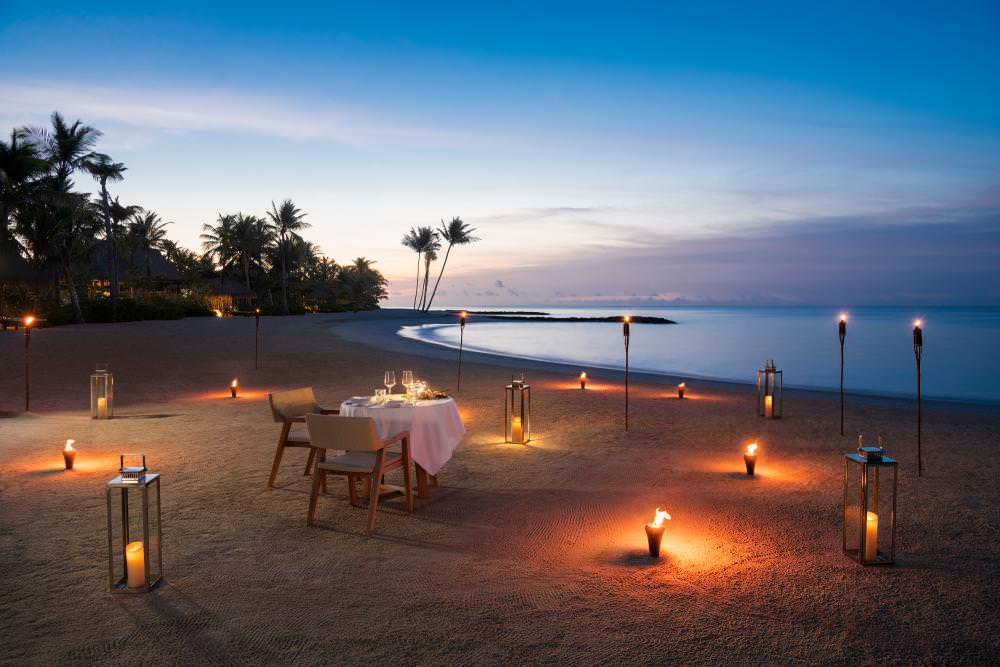 Wami Galerie Beach Dining For Two