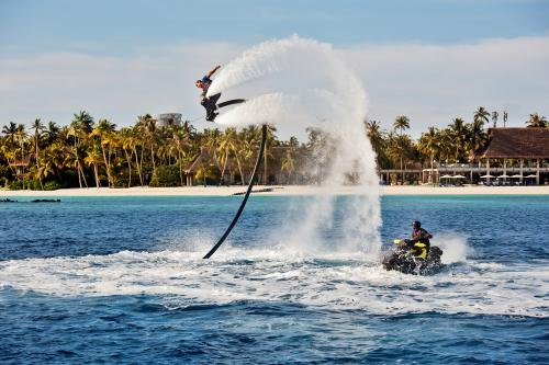 Akti Velaa Island Watersport